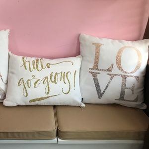 Decorative pillows! 2 sparkly pillows together!